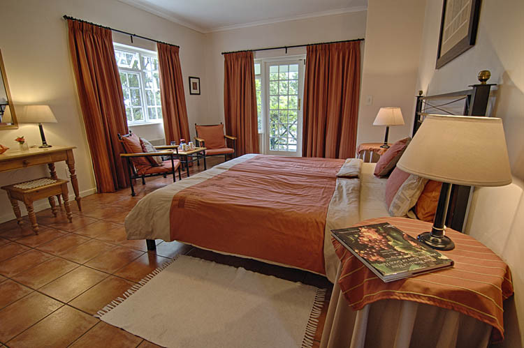 Golden Hill Zimmer 3