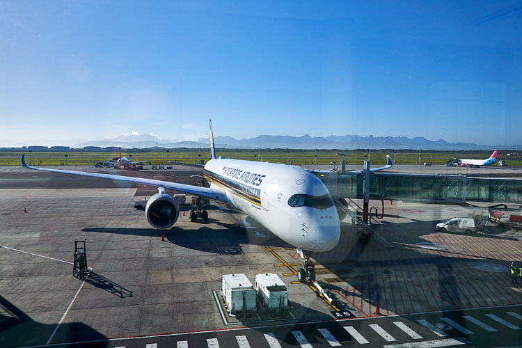 Cape Town International Airport, Flugzeug